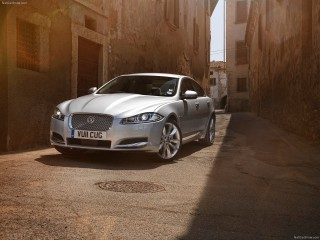 Jaguar-XF_2012_1600x1200_wallpaper_02